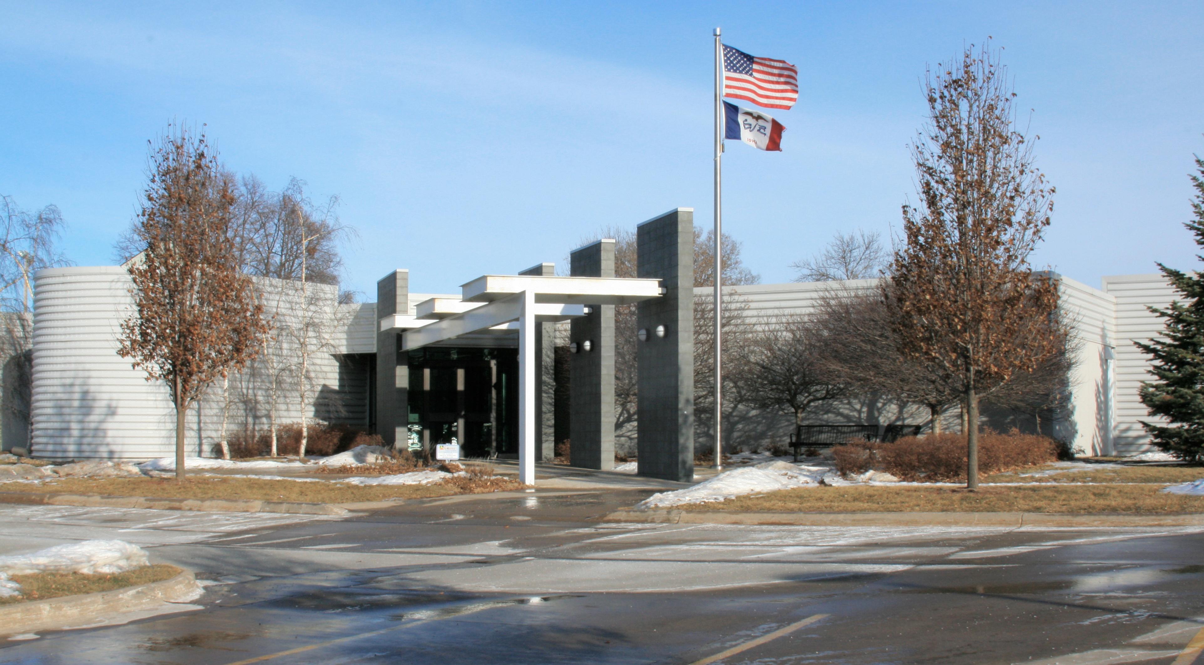 Ankeny_Iowa_City_Hall.jpg