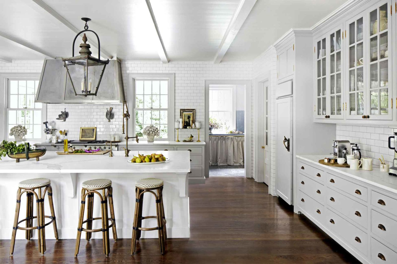 kitchen-reinvention-dark-floors-0117_1